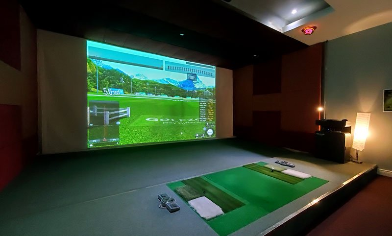 Golf Wing Golfzon Simulator in Private Room